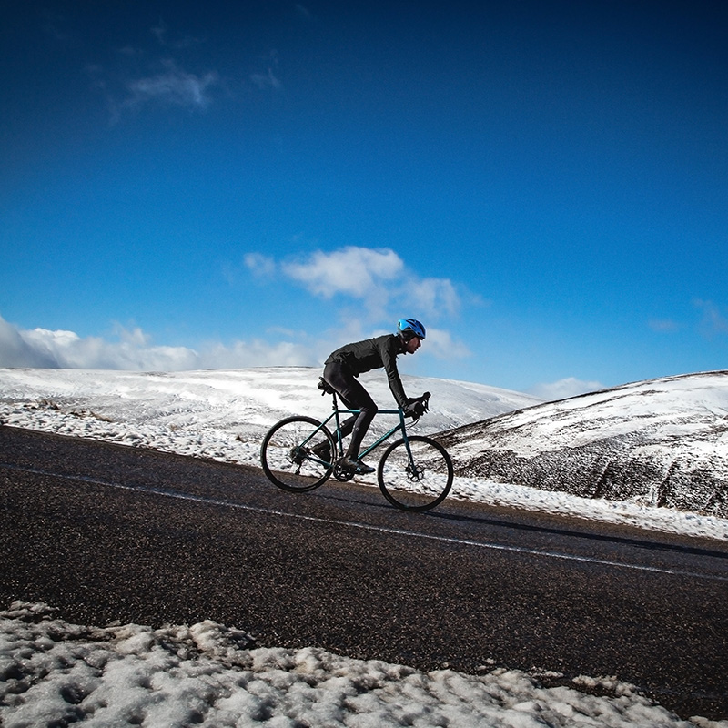 How To Dress for Winter Road Cycling